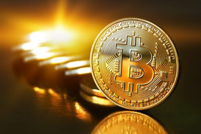 Bitcoin - die wohl bekannteste digitale Währung. Aktuell ebenfalls im Höhenflug: ca 2156 Euro kostet 1 Bitcoin (Stand: 02.06.2017 10:42 Uhr)